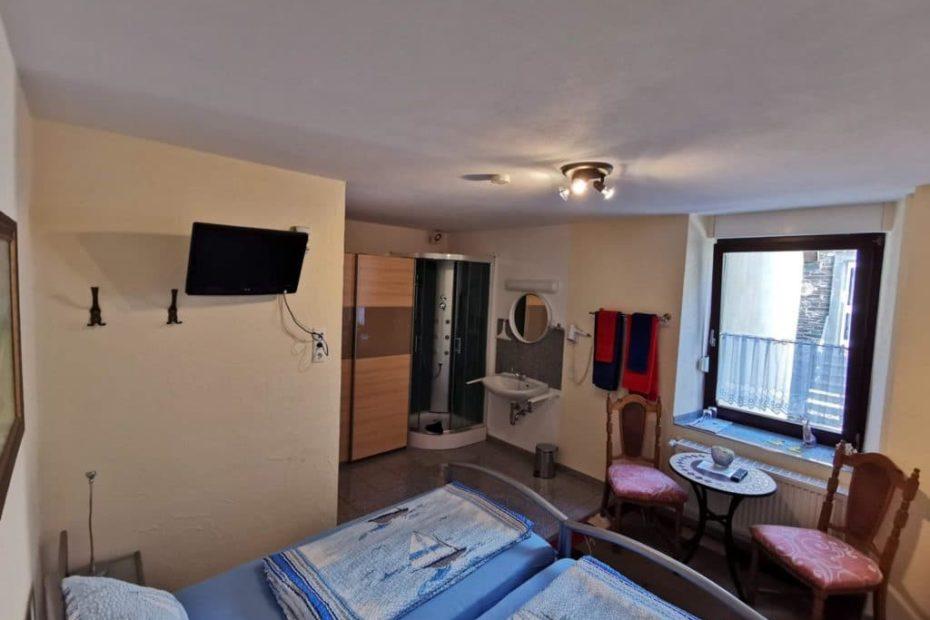 Doppelzimmer Nummer 3 von innen